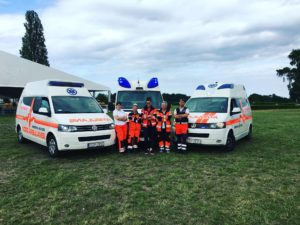 Ratownicy Medyczni oraz Ambulanse po zabezpieczeniu medycznym na Hipodromie w Sopocie